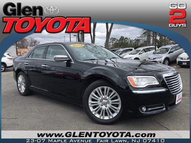 Pre Owned 2014 Chrysler 300C V6 AWD SEDAN w NAV & PANO 4dr Car in