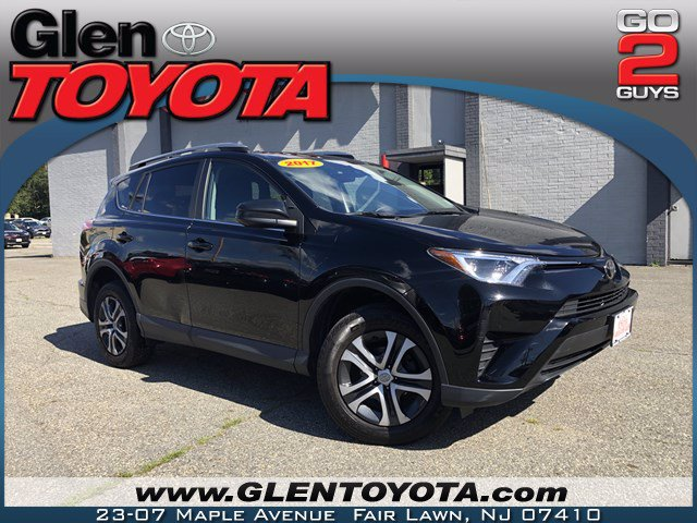 Certified Pre-Owned 2017 Toyota RAV4 LE AWD SUV
