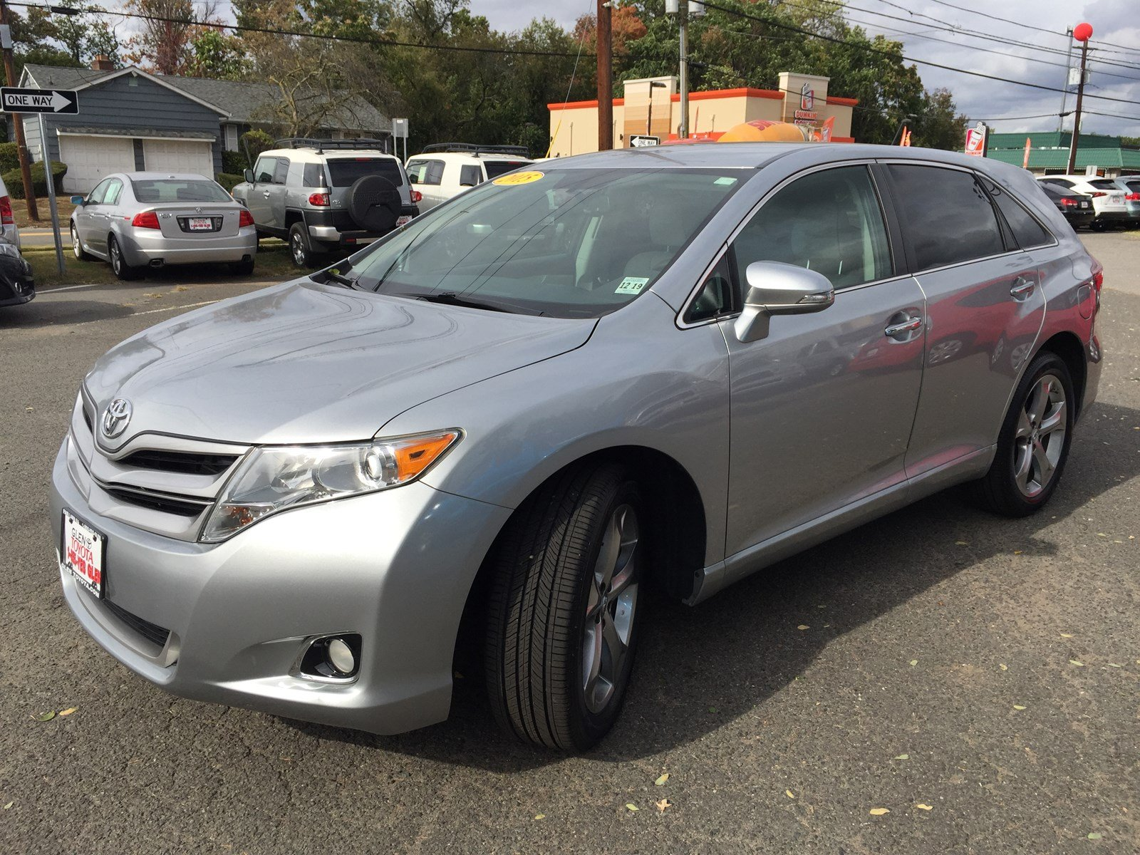 used c neck venza le stock near for htm toyota great ny sale