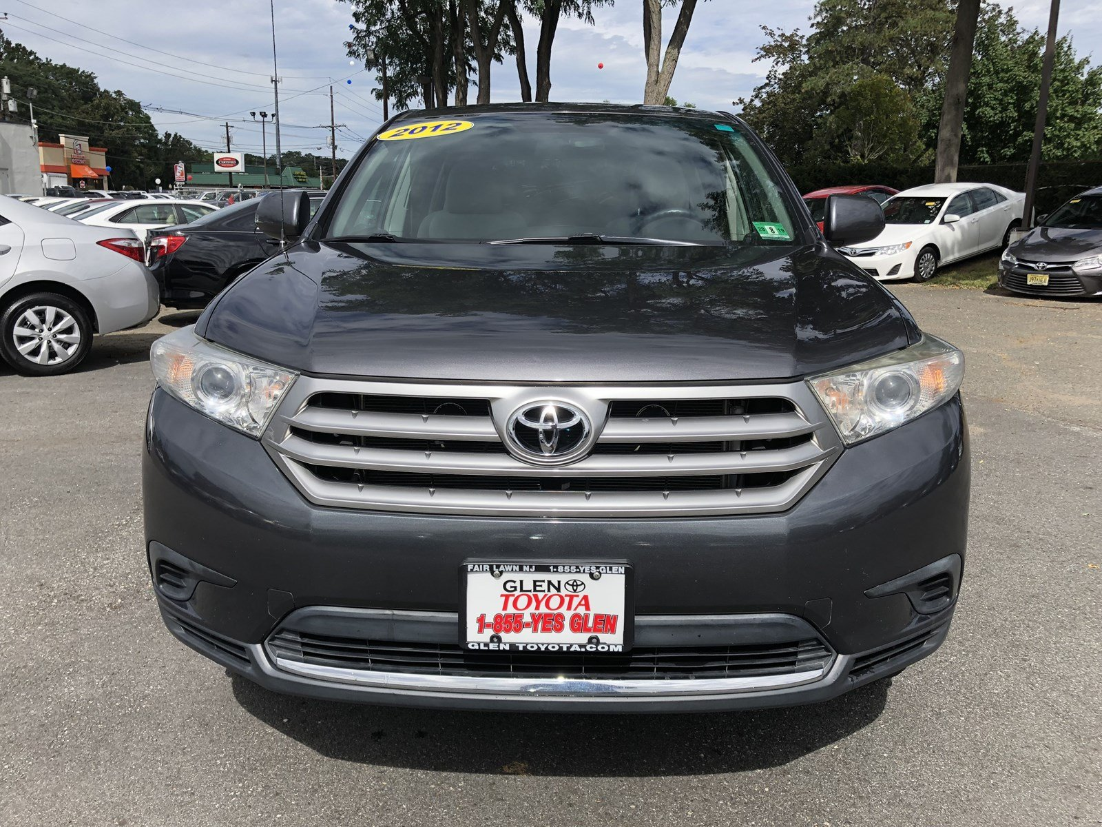 Pre Owned 2012 Toyota Highlander V6 4WD 3RD ROW SUV