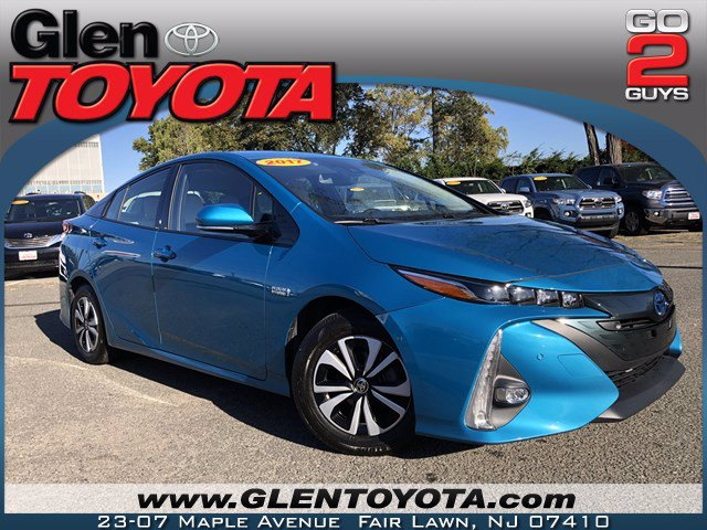 Certified Pre-Owned 2017 Toyota Prius Prime HYBRID HATCHBACK