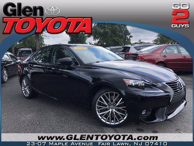 Pre-Owned 2016 Lexus IS 300 V6 AWD SEDAN