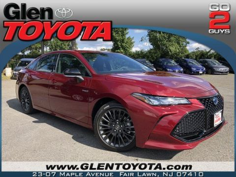 Certified Pre-Owned 2019 Toyota Avalon Hybrid XSE 4-CYL SEDAN