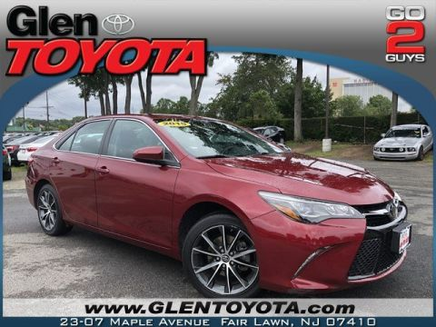 Certified Pre-Owned 2015 Toyota Camry XSE V6 w.NAV & ROOF