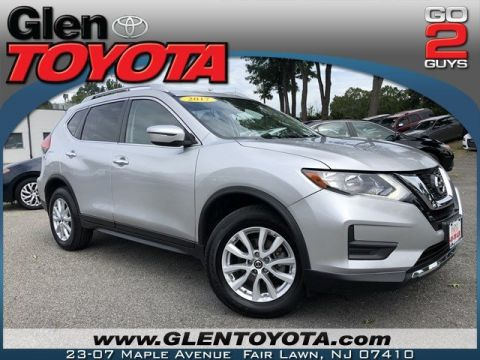 Pre-Owned 2017 Nissan Rogue SV 4-CYL AWD SUV