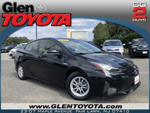 Certified Pre-Owned 2017 Toyota Prius STD